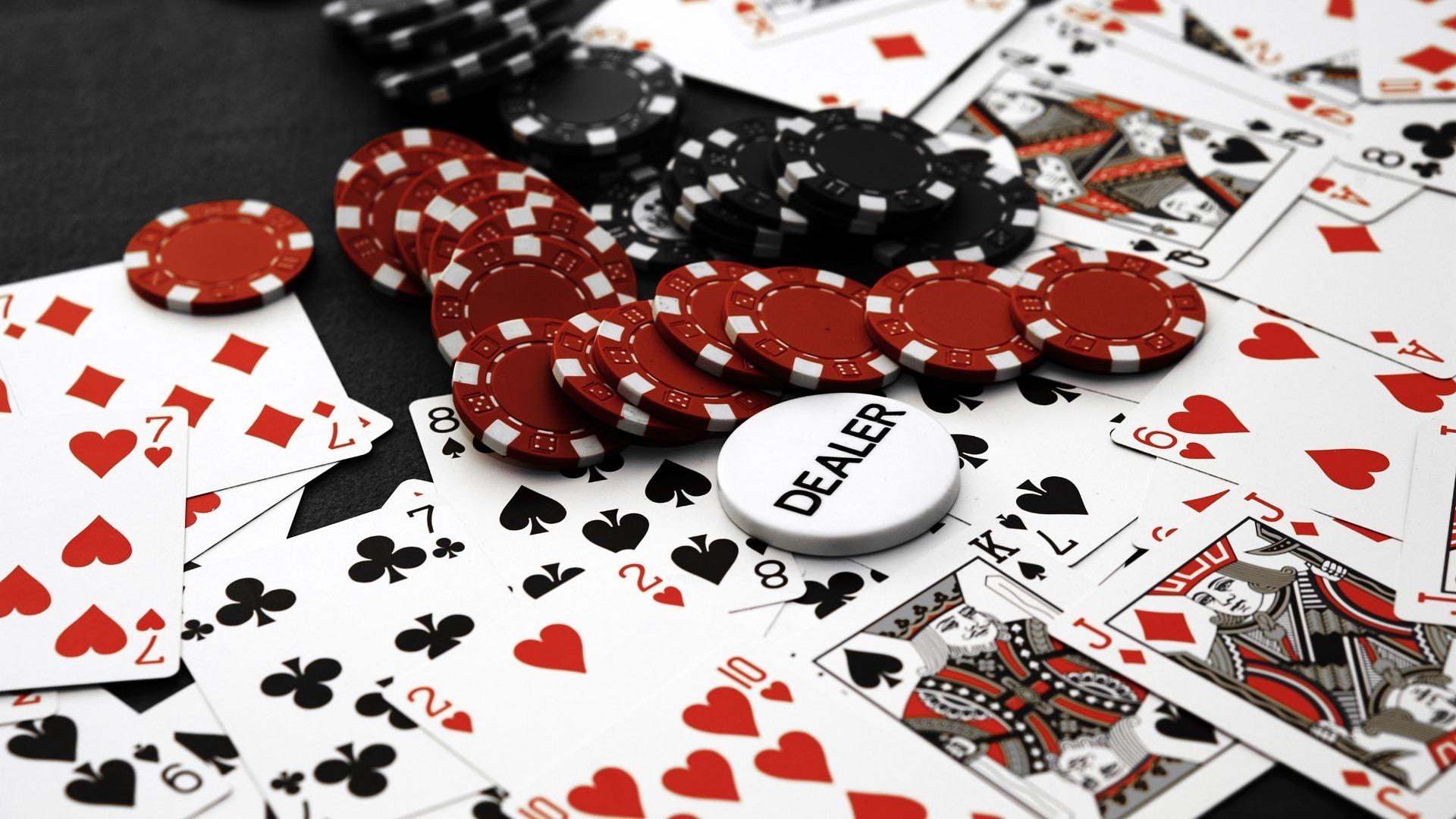 ポーカーのフラッシュとは何ですか