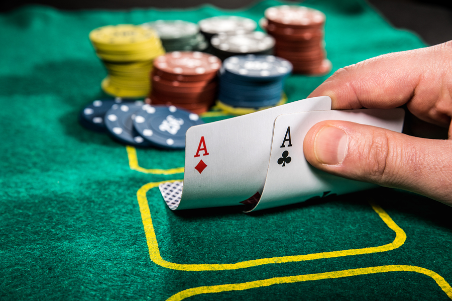 double aces poker hold'em